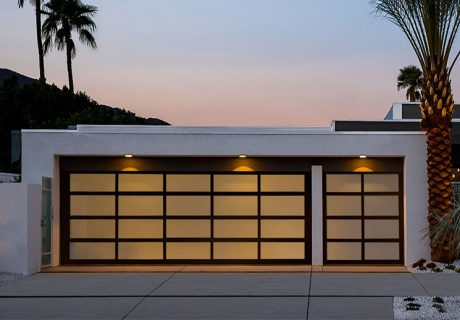 AVANTE™ AX collection (Export Only) garage doors