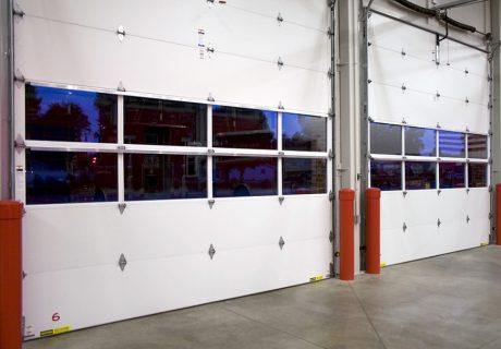 Energy Series with Intellicore – Model 3720 overhead doors