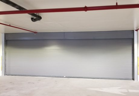 Model HIS100 overhead doors
